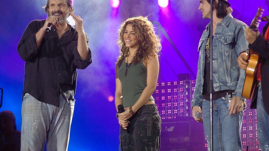 Juanes, Miguel Bosé y Shakira, periodistas por la paz durante un día