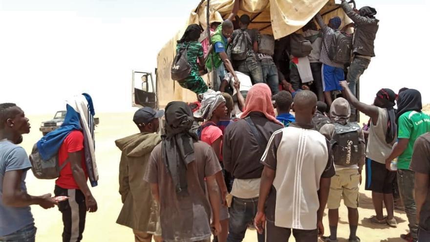 Imágenes rescatados por la OIM en el desierto en Níger.