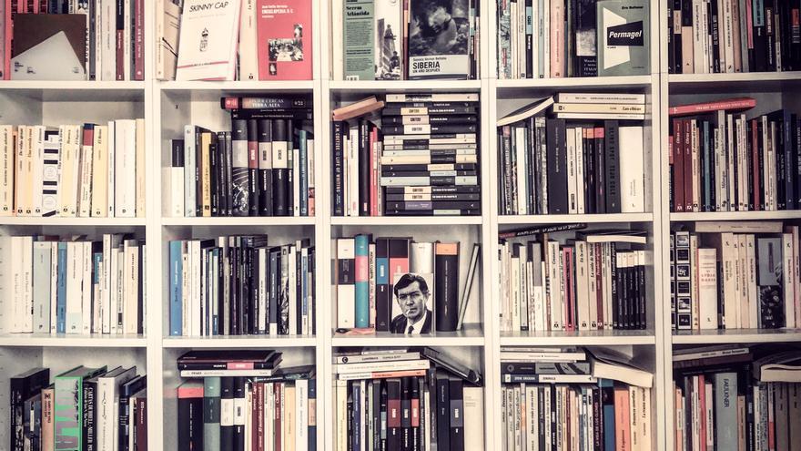 La biblioteca del escritor Jorge Carrión.
