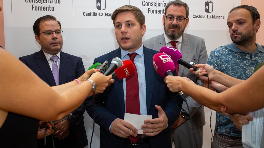 El consejero de Fomento, Nacho Hernando, junto al delegado de la Junta en Guadalajara, Eusebio Robles
