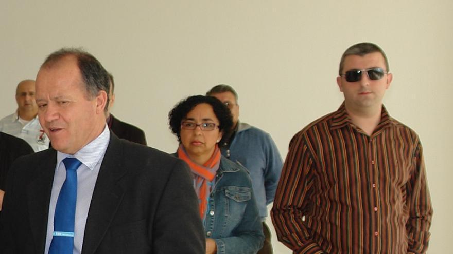 Juan Puchades, izquierda, y Andrés Moscardó, derecha, exalcalde y exconcejal del PP de Benigànim