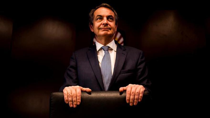 Zapatero: Todo apunta que Sánchez será candidato pero hay que respetar los plazos
