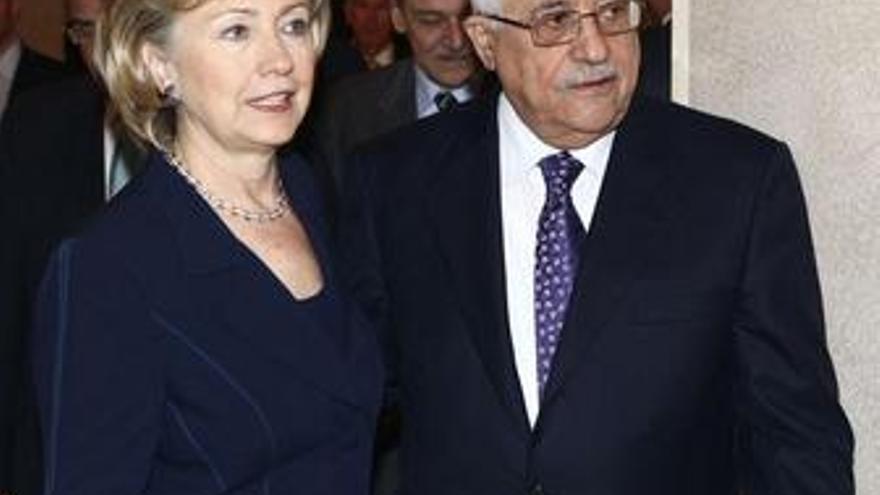 Mahmud Abbas y Hillary Clinton