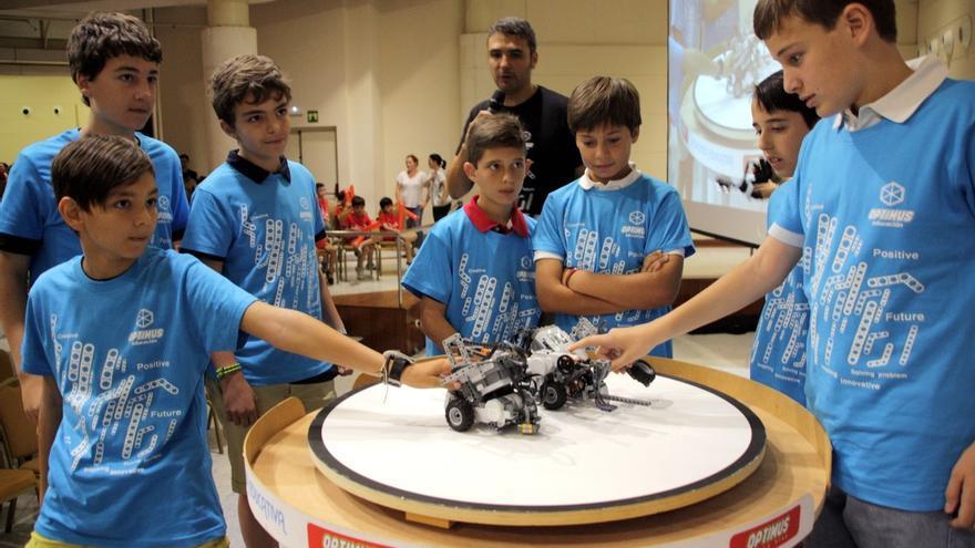 El evento final de la II 'Optimus League' reúne este sábado a más de 100 alumnos de robótica educativa