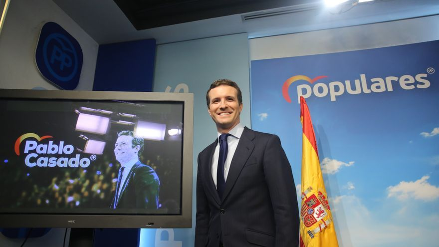 El presidente del Partido Popular, Pablo Casado, comparece en rueda de prensa, tras el anuncio del Gobierno de la convocatoria de elecciones para el 28 de abril de 2019.