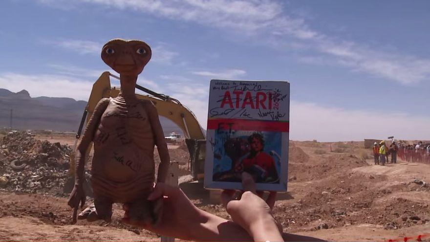 Videojuego ET el Extraterrestre de Atari Games desenterrado en el vertedero de Alagomordo