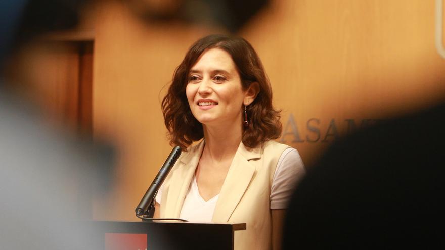 Isabel Díaz Ayuso, en una rueda de prensa en la Asamblea de Madrid. /EP