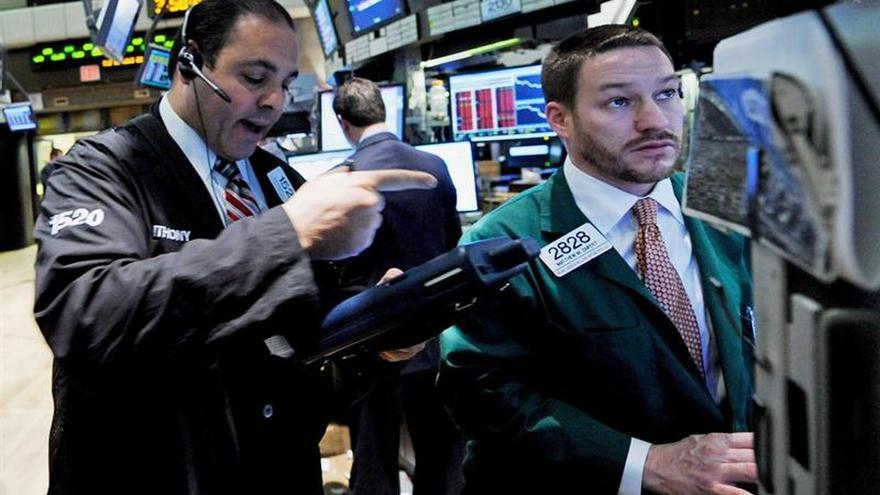 Wall Street sigue al alza y el Dow Jones avanza un 0,12 % a media sesión