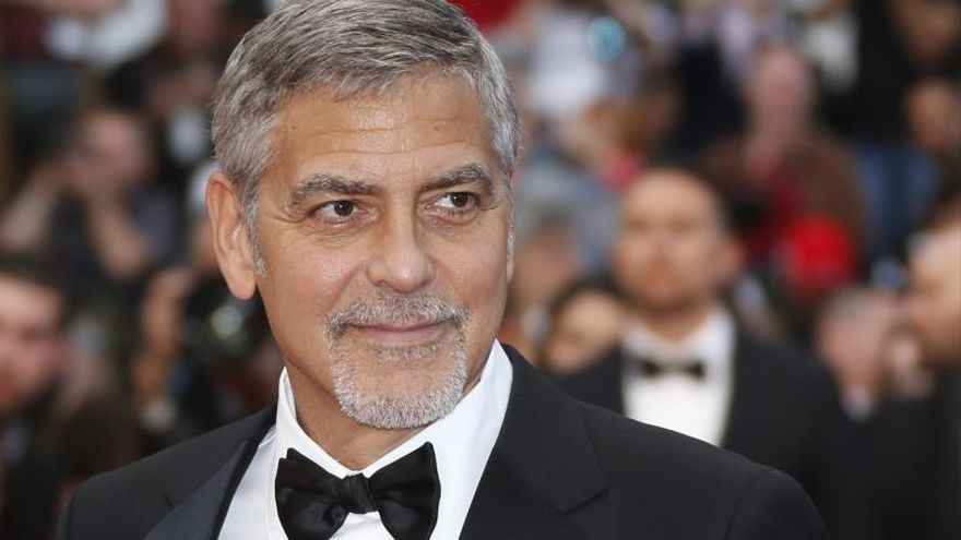 El actor George Clooney, herido leve tras accidente de moto en Cerdeña
