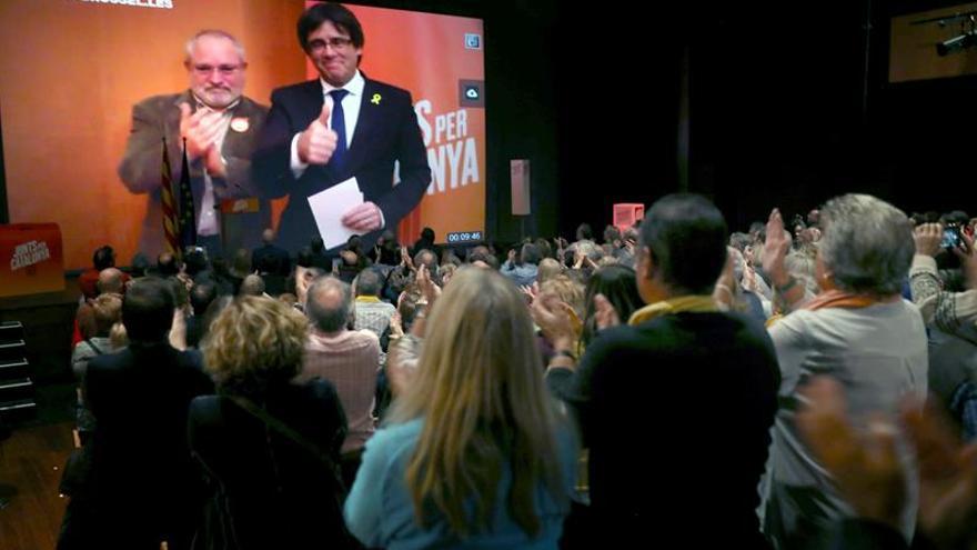 """Puigdemont pide no bajar la guardia para ganar una causa """"internacionalizada"""""""