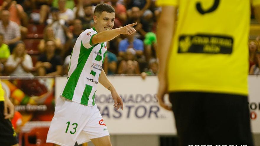 Keko, autor del primer gol del Córdoba ante el Jaén | MADERO CUBERO
