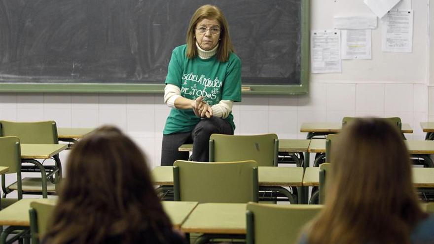 Los docentes vuelven a las aulas pidiendo su lugar en el pacto educativo
