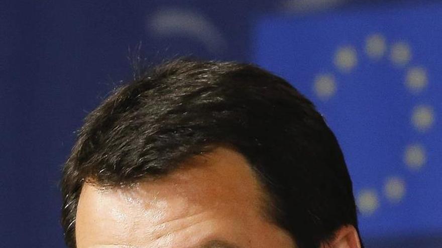 El líder de la Liga Norte ataca a la UE y al papa Francisco y alaba a Putin