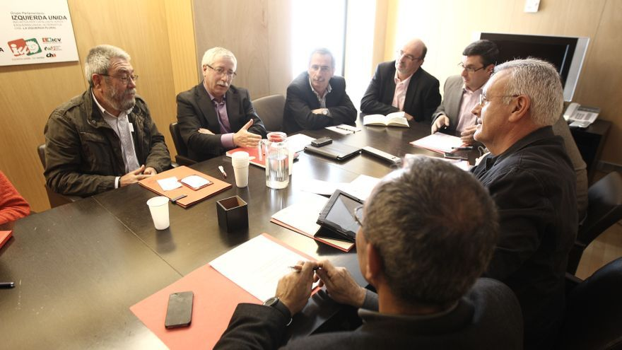 """Cayo Lara aplaude la dimisión del secretario de UGT de Andalucía y cree que """"debería ser ejemplo"""" para otros partidos"""