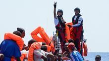 España acogerá a 60 migrantes del Aquarius que desembarcará en Malta