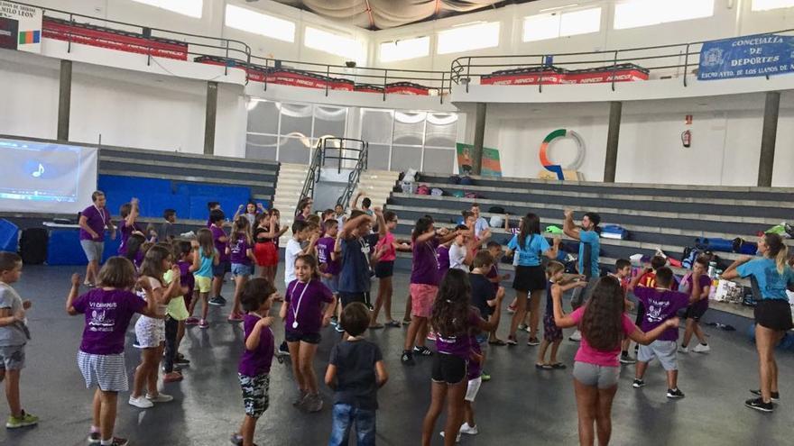 Participantes en el campus de verano de Los Llanos.