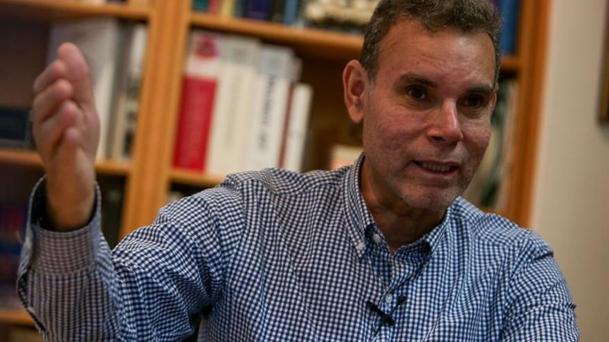 Analistas venezolanos coinciden en la negociación como salida a la crisis