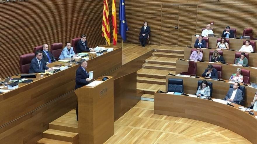 """Gobierno valenciano manifestación por la financiación y avisa al gobierno de que """"no hay más excusas"""" para su reforma"""