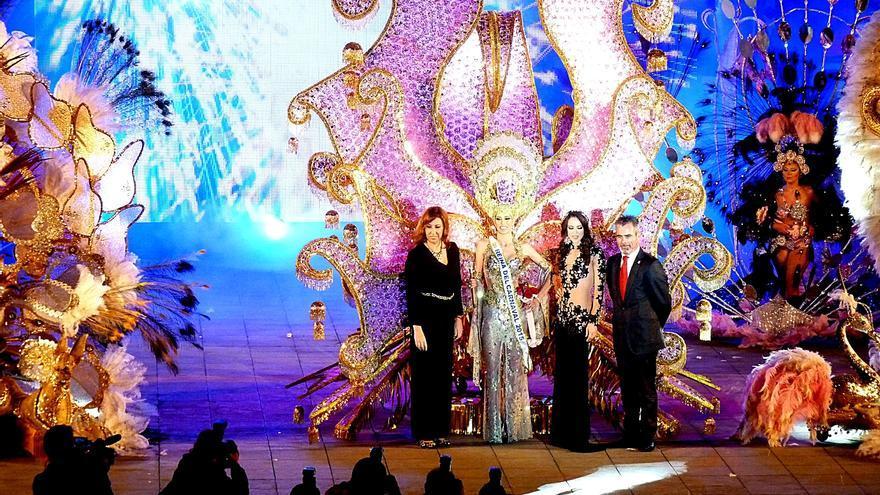 La nueva reina del carnaval portuense, Zaida Peraza Castilla.