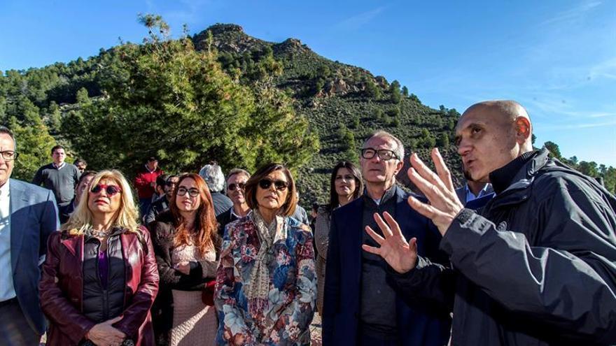 Guirao compromete ayuda ministerial para el yacimiento argárico de La Bastida