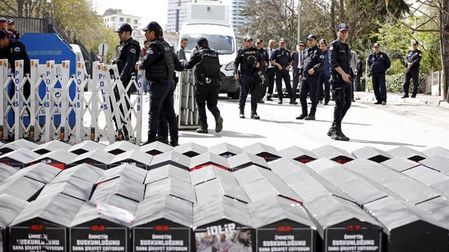 Expertos ONU: Estado de emergencia Turquía ha provocado violaciones D.Humanos