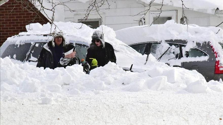 La tormenta polar suma ya 8 muertos y Nueva York toma medidas sin precedentes
