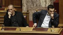 Varoufakis: la voz del 'no' a la troika que busca recuperar un sitio en Grecia por el desencanto con Tsipras