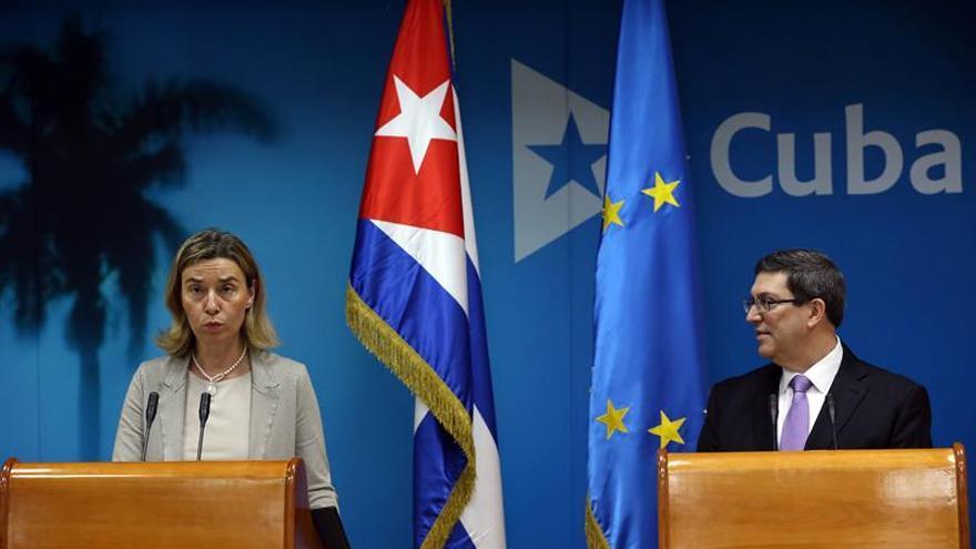 La CE propone aprobar el acuerdo bilateral con Cuba y derogar la posición común