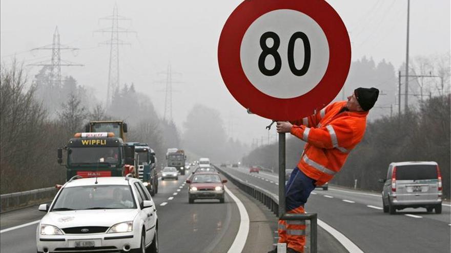 Francia experimenta limitar a 80 kms/hora la velocidad máxima en carreteras