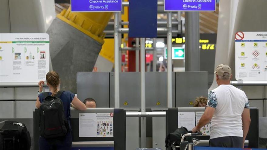 British Airways opera sus vuelos en Gatwick pero persisten las cancelaciones en Heathrow