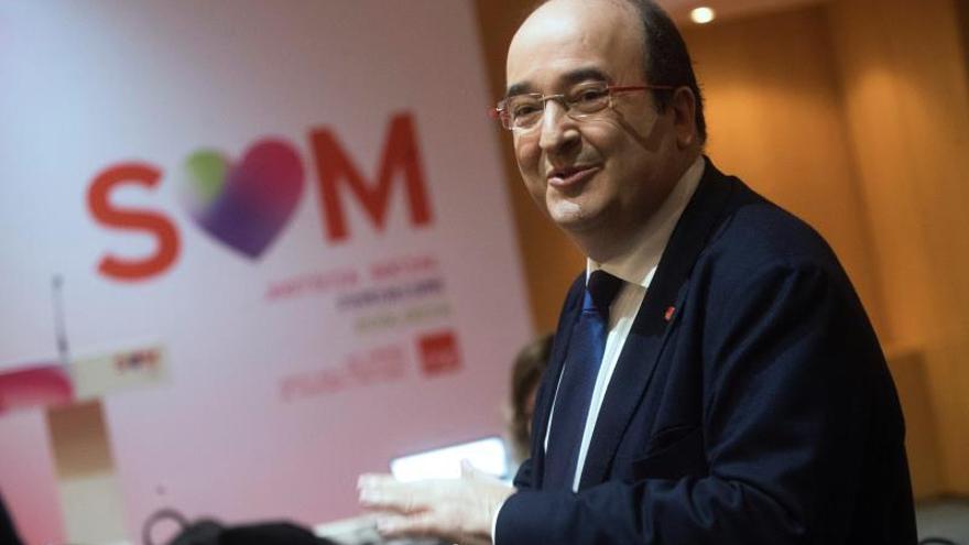 Iceta se reivindica como alternativa al actual desbarajuste de la Generalitat