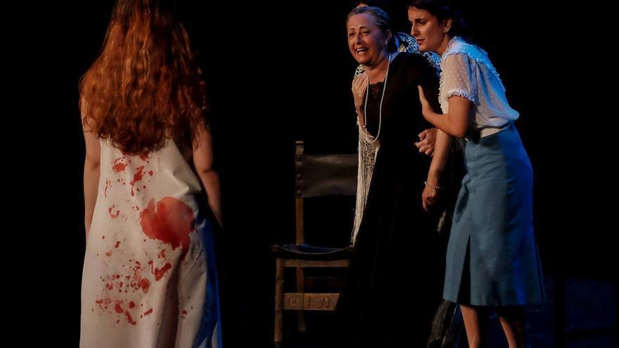 Una escena del montaje 'Bodas de sangre'.