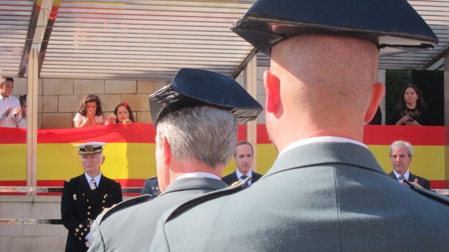 """(AMP)La Guardia Civil reconoce su comportamiento """"ejemplar"""" y el Gobierno que es """"un orgullo"""" para el país"""