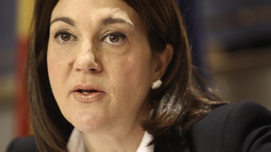 El PSOE pide cuentas a siete ministros en el Congreso por el aborto, la subida de la luz o la congelación del SMI