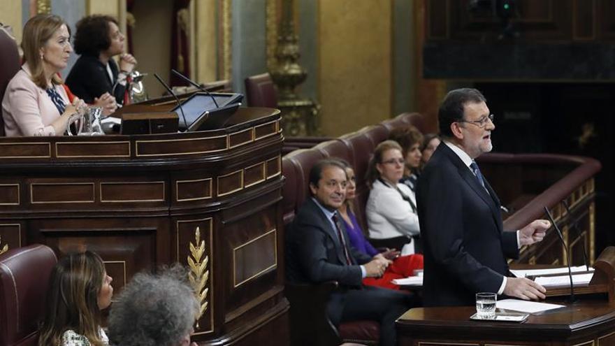 Rajoy fija un plazo de seis meses para consensuar un pacto educativo