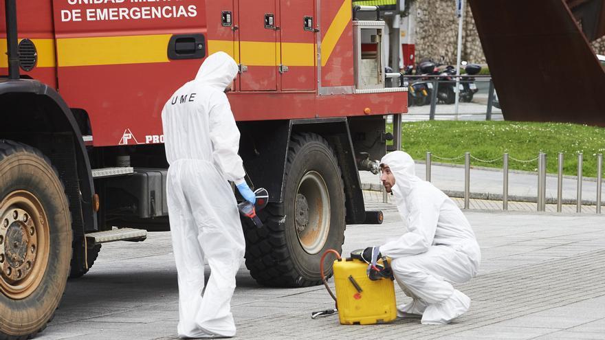 La UME vuelve a Cantabria para desinfectar varias residencias de mayores