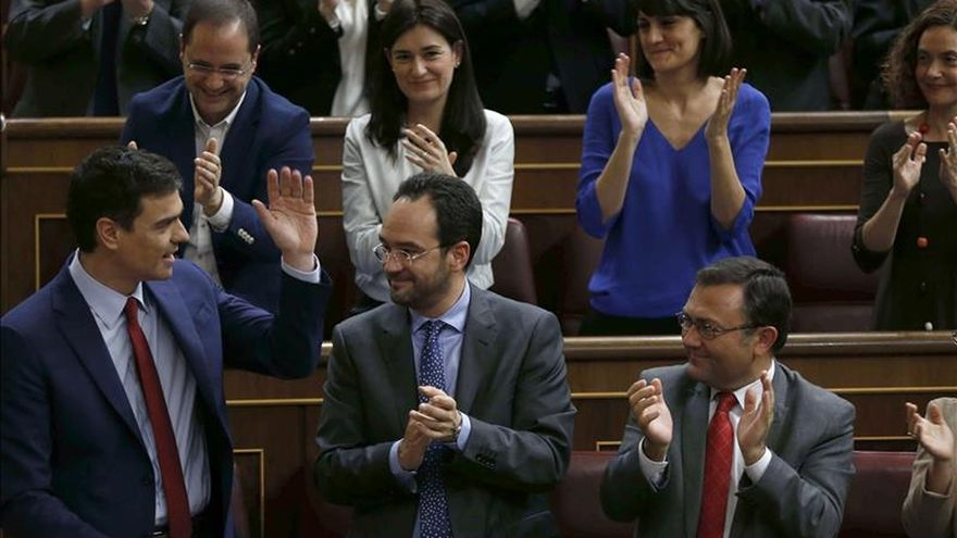 """Sánchez rechaza lecciones de corrupción de Rajoy afirmando que es """"un político limpio"""""""