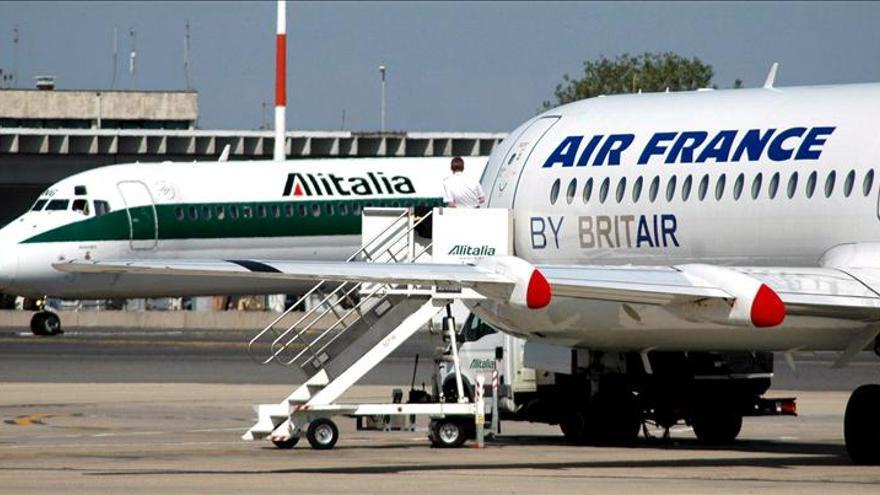 Italia dice que si Air France no quiere participar en Alitalia lo diga ya