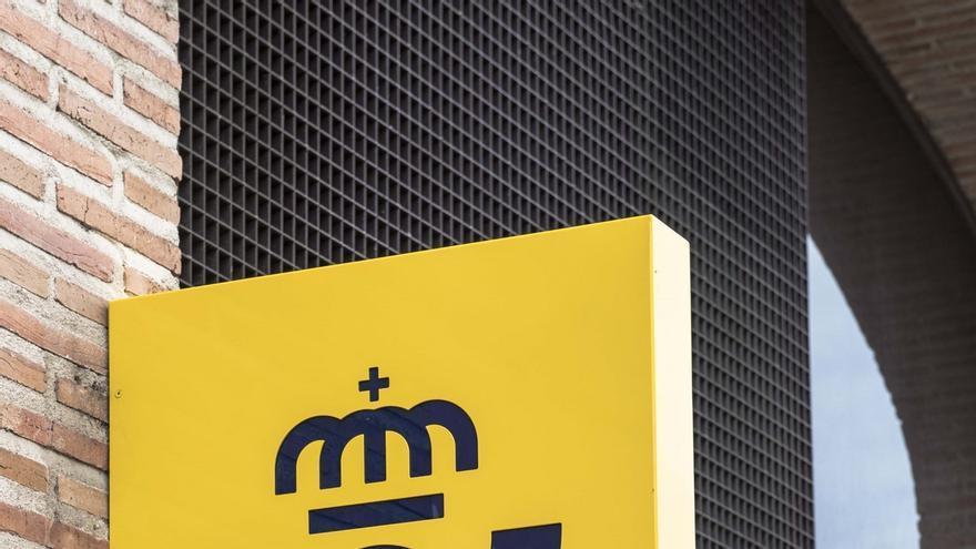 """PP y Cs ven """"indignante"""" y una """"vergüenza"""" que Correos gaste 250.000 euros en un nuevo logo sin apenas cambios"""