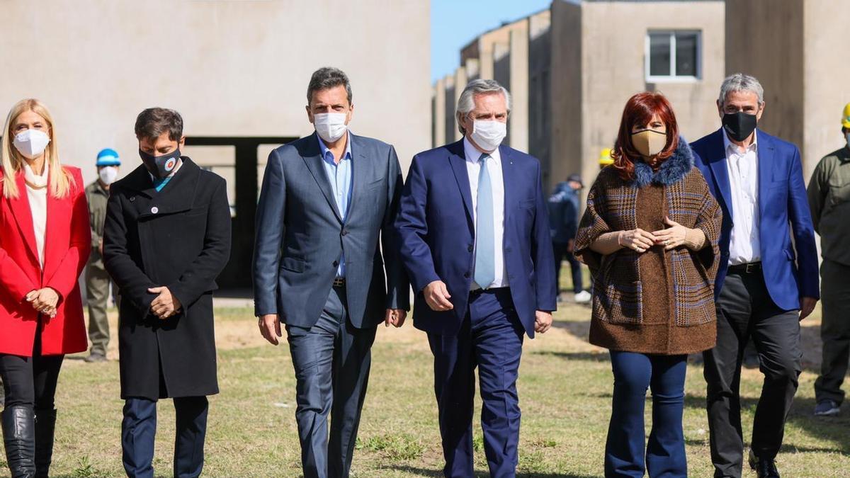 Alberto Fernández, Cristina Kirchner, Axerl Kicillof y Sergio Massa, junto, en Ensenada, este 5 de mayo de 2021.