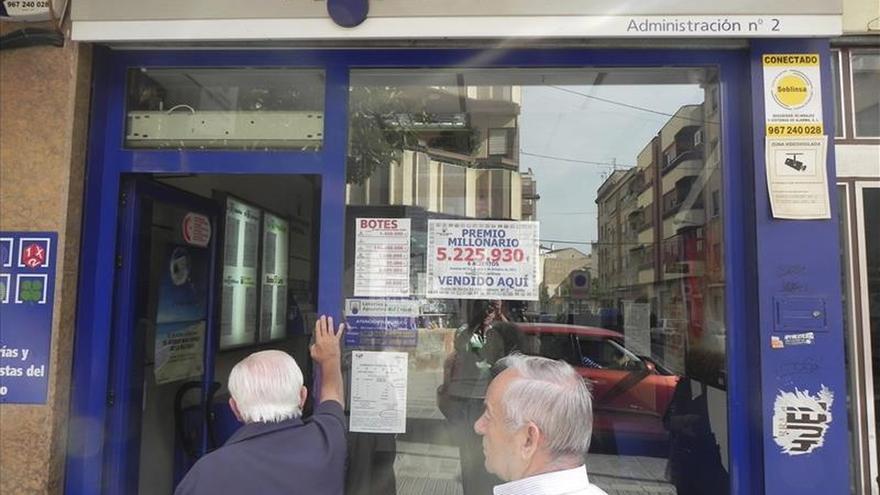 Un vecino de Manresa apuesta cinco euros y gana 1,6 millones en la Primitiva