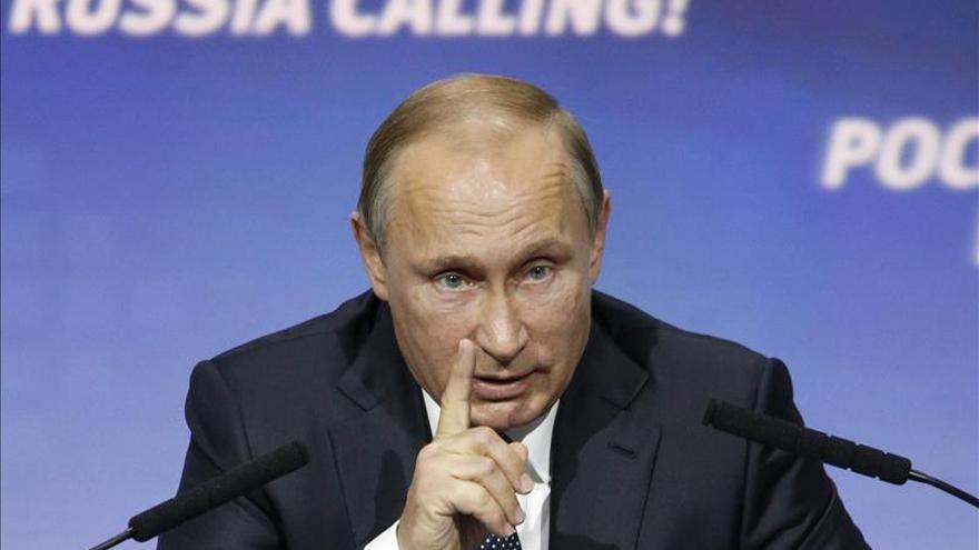 Putin defiende la operación rusa en Siria y advierte del peligro de Afganistán