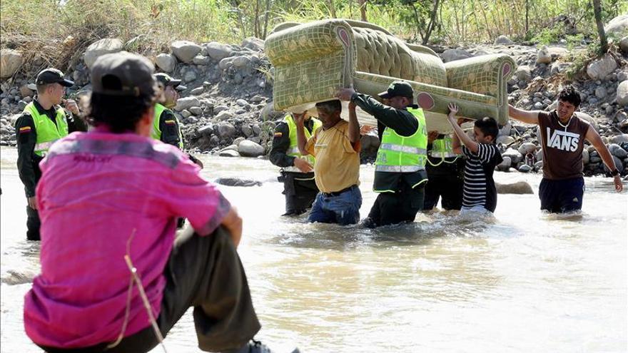 Más de 21.000 colombianos expulsados y retornados de Venezuela, según la ONU