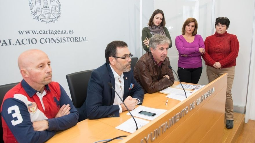 El PSOE respalda al alcalde de Cartagena tras sus disculpas y Ciudadanos cuestiona el apoyo de Podemos