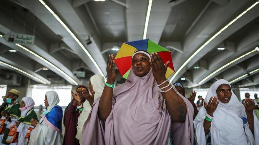 """Arabia Saudí anuncia """"el éxito"""" de la peregrinación a La Meca este año"""