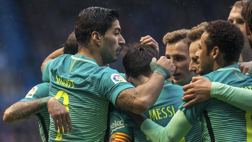El Barça se mostró muy superior al Deportivo Alavés.