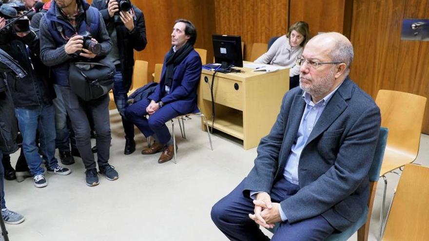 Absuelto el vicepresidente de Castilla y León de un delito leve de amenazas