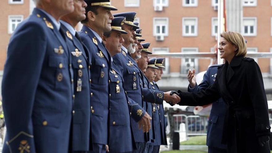 Cospedal culmina su ronda de reuniones con los máximos jefes de los ejércitos