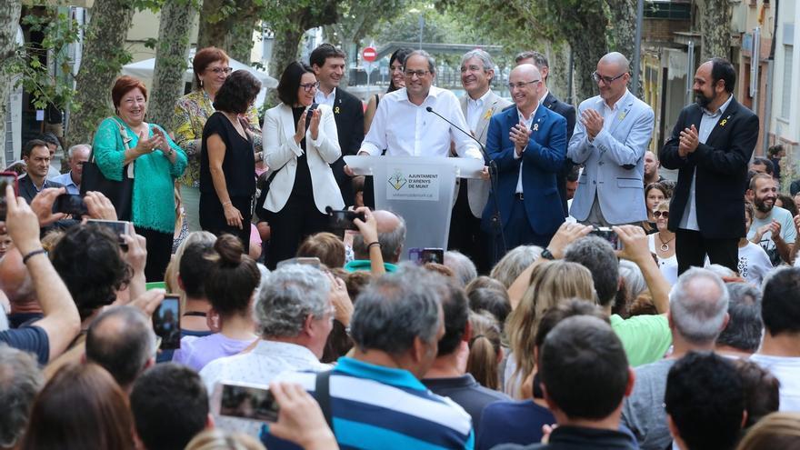 """Torra llama a """"resistir y defender cada paso hasta llegar al momento final"""" en Arenys de Munt (Barcelona)"""