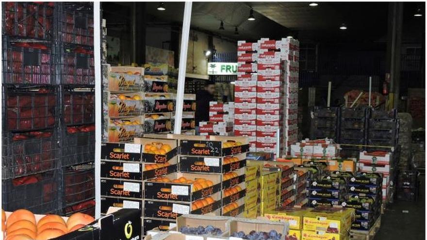 Hacienda interviene en mercados centrales de fruta en 13 CCAA por fraude fiscal